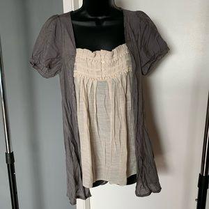 like new Anthro Mine grey/beige buttn blouse 6/$14